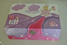 Ideias da Bébéu (Em reconstrução): Caixa de Madeira para Bijuteria de Criança