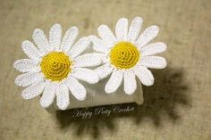 Pdf - In here you will find pattern and instructions for one of my mini Daisies. Its uber-friendliness, easily makes it one of my favorite mini Daisies – It goes great with almost any project. Being not too obtrusive due to its… Crochet Daisy, Crochet Flower Patterns, Irish Crochet, Crochet Motif, Knit Crochet, Daisy Pattern, Free Pattern, Crochet Crafts, Crochet Projects