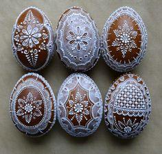 Veľkonočné Egg Crafts, Easter Crafts, Christmas Baking, Christmas Cookies, Egg Shell Art, Monster Cupcakes, Fancy Cookies, Easter Chocolate, Egg Art