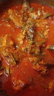 Mi Recetario : Espinazo en Salsa Roja con Nopalitos