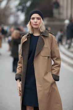 Elena Perminova in Tweed and Khaki Coat - Paris Fashion Week Fall 2013 Fashion Week, Paris Fashion, Fashion Models, Womens Fashion, Fashion Fashion, Autumn Street Style, Street Chic, Paris Street, Khaki Coat
