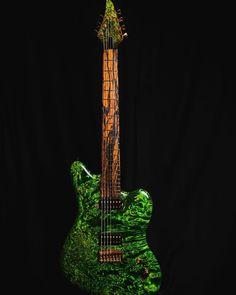 T W Smith Guitars (@twsmithguitars) posted on Instagram • Dec 31, 2020 at 9:01pm UTC