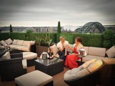 From this flexible function suite, opulent lounge and exquisite rooftop terrace you and your guests can enjoy breathe-taking views, unlike any other, 200ft above Newcastle Upon Tyne.
