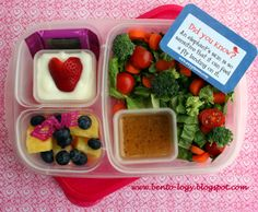 Valentine's Day lunchbox ideas | packed with @EasyLunchboxes and Mini Dippers
