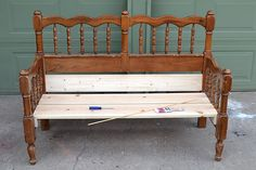 Turn an unused headboard and foot board into a fabulous front porch bench! Upcycling at it's finest in this bed to bench tutorial! Bench Furniture, Diy Pallet Furniture, Handmade Furniture, Repurposed Furniture, Furniture Projects, Furniture Makeover, Painted Furniture, Furniture Design, Vintage Furniture