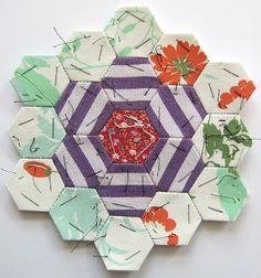 RATZER: PATCHWORK FLOWERS