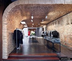 Owen Store Made of 25,000 Paper Bags // Tacklebox Architecture | Afflante.com