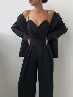 Look Fashion, Korean Fashion, Fashion Outfits, Fashion Design, All Black Fashion, Cute Casual Outfits, Stylish Outfits, Vetement Fashion, Mein Style