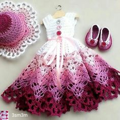 Ideas For Crochet Baby Patterns Outfits Doll Clothes Diy Crochet Patterns, Crochet Baby Dress Pattern, Crochet Doll Dress, Crochet Barbie Clothes, Baby Dress Patterns, Crochet Girls, Doll Clothes Patterns, Pattern Dress, Crochet Toys