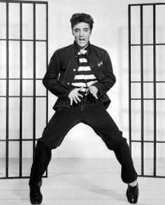 Von Elvis, Lebertran und Rötbäckchen – die 50er Jahre