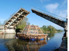 Jellyfish Barge - La serra galleggiante