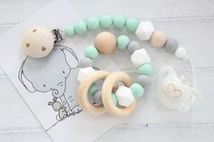 MINT Teething gift set for baby / pacifier clip and teething