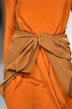 via: everydayglamour - Imgend Orange Peel, Burnt Orange, Orange Color, Orange Style, Orange Twist, Orange Orange, Orange Juice, Yellow, Fashion Colours
