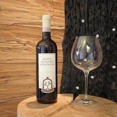 Niente di meglio che un calice di vino delle nostre valli per gustare al meglio i piatti della Valtellina!