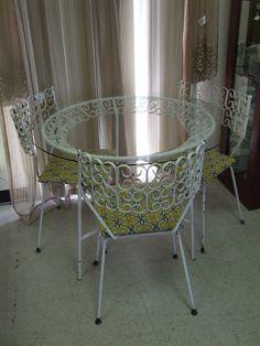 Vintage Salterini Maurizio Tempespini wrought iron patio set eames era. Can be found: http://www.ebay.com/itm/120915882298?ssPageName=STRK:MESELX:IT&_trksid=p3984.m1558.l2649