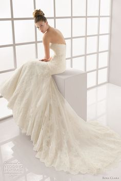 Rosa Clará Wedding Dresses 2012 Advance Collection — Lace Wedding Gowns Galore   Wedding Inspirasi. Lots of lace wedding dresses! I must have one!!!