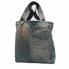 SpijkerShopper Sewing Jeans, Denim Fashion, Messenger Bag, Satchel, Denim Style, Bag Patterns, Quilts, Garage, Bags