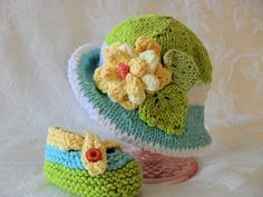 Hand Knitted Baby Hat  Brimmed Baby Hat  All por CottonPickings, $26.00