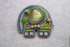 """Romantic Elephant"" brooch by Russian artisan Olga Barannikova, https://www.livemaster.ru/barola"