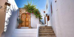 Schmale und idyllische Gassen in Rhodos © Shutterstock.com