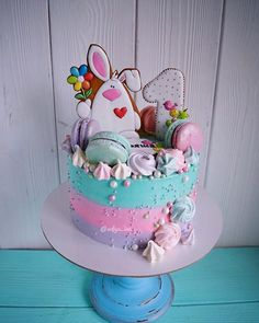 Royal Icing Cakes, Cake Decorating Techniques, Merengue, Towel Cakes, Holiday Cakes, Candy Cakes, Drip Cakes, Vegan Cake, Baby Shower Cakes