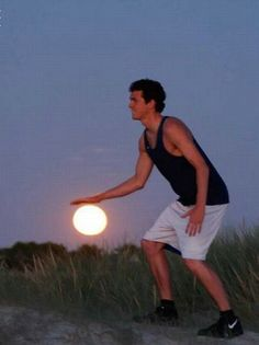 http://www.hongkiat.com/blog/100-funny-photos-taken-at-unusual-angle-humor/  The Sunset