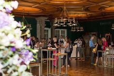 Der Zankyou Wedding Club mitten im Herzen von Zürich! Hotels, Events, Wedding, Barn, Switzerland, House, Nice Asses, Valentines Day Weddings, Weddings