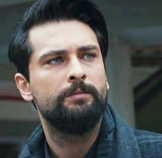 Turkish Men, Turkish Actors, Character Design Inspiration, Beard Styles, Beautiful Men, Drama, Romance, Film, Sexy