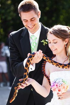 Article: Zoo wedding - probably not, but love the idea :)