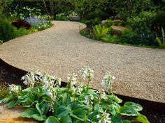 100 Garden Pathway Ideas and Inspiration - Easy Balcony Gardening #gardenpaths #gardenpathways #gardeninspiration #gardenideas Path Design, Landscape Design, Garden Design, Design Ideas, Front Yard Landscaping, Backyard Landscaping, Landscaping Ideas, Backyard Walkway, Backyard Ideas