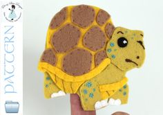 Felt Tortoise Finger Puppet Pattern. INSTANT DOWNLOAD sewing Pattern for turtle finger puppet PDF.