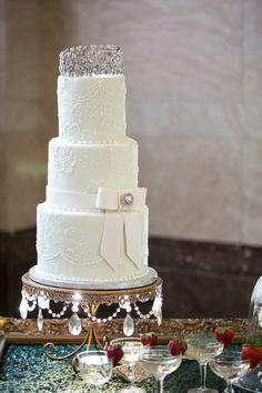 Wedding Cake: Ramano's Bakery   www.romanosbakery.com/