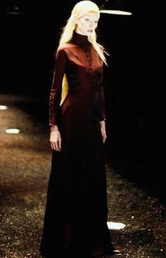 Alexander McQueen Fall 1998 Ready-to-Wear Collection Photos - Vogue