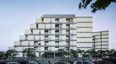 114 Public Housing Units,© Jordi Surroca