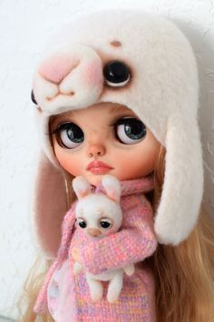 Excited to share the latest addition to my #etsy shop: Custom Blythe doll OOAK TBL She Is Gorgeous, Beautiful Dolls, Blythe Dolls For Sale, Philtrum, Dream Art, Custom Dolls, Art Dolls, Character Design, Teddy Bear