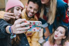 Fundas para móviles, portátiles y complementos   b-Kover Smartphone, Street Style, Models, Mobile Cases, Trends, Urban Style, Street Chic, Street Styles, Fashion Street Styles