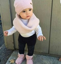 Matching Wears offers high quality matching outfits at discount prices, Get huge selection of cute matching family, couples, friends & baby outfits today! So Cute Baby, Baby Love, Cute Kids, Cute Babies, Cutest Baby Pics, Pretty Baby, Fashion Kids, Little Girl Fashion, Toddler Fashion
