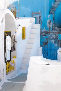 White houses in Oia, Santorini
