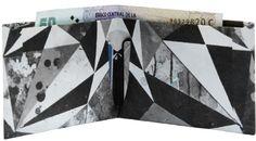 Nasa es Hernan. Vive y trabaja en Buenos Aires. Su formación artistica tiene raices en el diseño gráfico, la arquitectura, el skate y la cultura urbana. Su obra esta en continua evolución, se mueve entre el mundo análogo y el digital con total familiaridad. Utiliza diferentes soportes para expresar sus ideas. Se puede ver su arte en muros, bastidores, indumentaria, objetos y publicaciones. Su universo es sombrío y positivo, lleno de simbolismos le fascina encontrar el equilibrio dentro del…