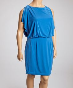 :+) Add a dash of evening elegance to the wardrobe with this fiercely feminine frock. Boasting a drop-waist silhouette and fluttery details, this gorgeous dress delivers a darling dose of effortless glamour.Measurements (size 14W): 40'' long from high point of shoulder to hemSelf: 96% polyester / 4% spandexLining: 100% p…