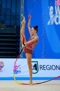 Sabina ASHIRBAYEVA (KAZ) Ribbon