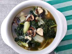 This Bok Choy Chicken Garlic (Flu-Fighter) Soup is my go to soup to make for when I& feeling run down. I will prepare this and eat it all day long, I believe this soup can prevent colds and the flu and heal the body. Soup Recipes, Dinner Recipes, Cooking Recipes, Recipies, Asian Recipes, Healthy Recipes, Ethnic Recipes, Healthy Meals, Delicious Recipes