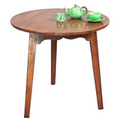 Cricket Table with Tapered Legs diameter x high Other sizes: diameter x diameter x high Item Pine Furniture, Cricket, Club, Legs, Traditional, Table, Inspiration, Home Decor, Products