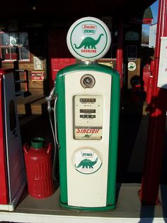 Vintage Green Sinclair Gas Pump by The Upstairs Room, via Flickr