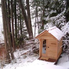 4' x 5' Outdoor Sauna Kit - I would love to have one of these in my garden!