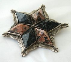 Stunning LARGE Victorian SCOTTISH ABERDEEN GRANITE BROOCH c 1860