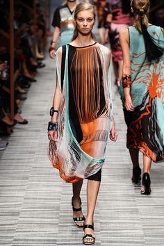 Missoni Runway Show, Milan Fashion Week, Ready-to-wear, summer-spring 2014, #MFW #RTW #Fashion from Vogue.fr