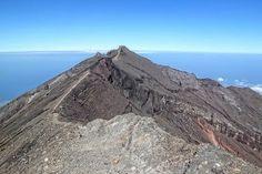 Gunung Agung, Gunung Keramat Pulau Bali | Catatan Pendaki Gunung