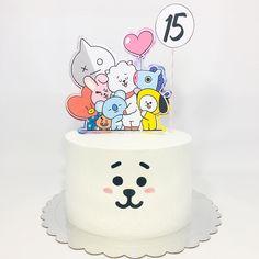 Army Birthday Cakes, Army's Birthday, Pretty Birthday Cakes, Birthday Parties, Happy Birthday, Bolo Musical, Bts Cake, Bts Birthdays, Bts Merch