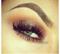 Shiny smokey eye makeup